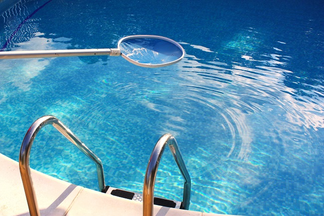 How much Time Should I Spend Pool Cleaning?