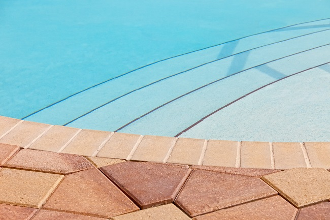 3 Ways to Personalize Pool Coping