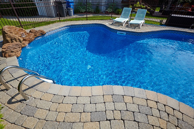 Five Benefits of Swimming Pool Maintenance Services